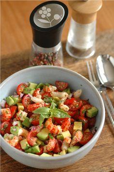 Salsa de tomates cerises, avocat, écrevisse, oignon rouge, citron vert et basilic   Passion Gourmandise