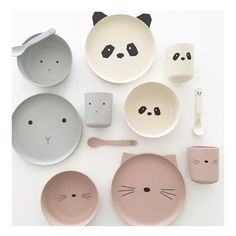 Our brand new range of Bamboo tableware is online now and landing in store tomorrow. The most beautiful pieces to make every meal time a joy. Baby Registry Essentials, Bamboo Box, Baby Co, Kawaii Accessories, Baby Eating, Best Kids Toys, Dream Baby, Ceramic Tableware, Baby Online