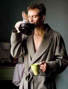 Yep that's the way to drink coffee in the morning. I Love Coffee, Coffee Break, My Coffee, Morning Coffee, Coffee Shop, Good Morning, Coffee Cups, Coffee Lovers, Monday Morning