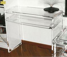 MODELLO PANCA CON RIPIANO #consolle #trasparente #acrylic #consolle #plexiglass #desk #home #office #madeinitaly http://www.eldoradosas.it/design/consolle/consolle-plexiglass.html