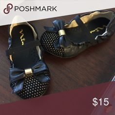 Nina ballet flats, size 8 toddler Worn once! Black with gold accents. Nina Shoes Dress Shoes