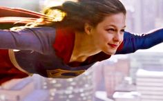 CBS' fall trailers: 'Supergirl,' 'Limitless' and more | EW.com