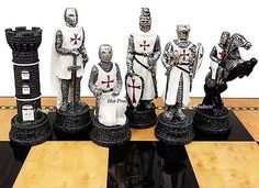 MEDIEVAL TIMES CRUSADES WARRIOR WHITE & BLUE CHESS MEN SET THE CRUSADE -NO BOARD