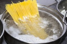 Did you know your pasta dishes could be even better? Get these tips for perfect pasta in every dish! What Causes Diabetes, Cure Diabetes Naturally, Best Pasta Dishes, Kangen Water, Surf And Turf, Kitchen Hacks, Kitchen Ideas, Al Dente