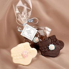 Chocolate Booties with Personalized Tag Christening Gifts For Boys, Baby Shower Treats, Edible Favors, Chocolate Treats, Personalized Tags, Pink Blue, Bridal Shower, Birthdays, Booty