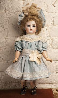 Кукла F.GAULTIER Bebe 43 см - на сайте антикварных кукол.