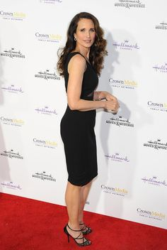 Andie MacDowell Photos Photos - Actress Andie MacDowell arrives at Hallmark Channel & Hallmark Movie Channel's 2015 Winter TCA party at Tournament House on January 8, 2015 in Pasadena, California. - Hallmark Channel & Hallmark Movie Channel's 2015 Winter TCA Party - Arrivals