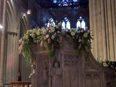 Easter-national-cathedral-pulpit-arrangement