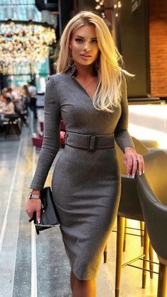 Mixture of classy, traditional and bad. I explore the depths of my relationship with my Husband who keeps me and how i keep him. 29 F Married. Mode Outfits, Sexy Outfits, Chic Outfits, Sexy Dresses, Nice Dresses, Fashion Dresses, Classy Women, Sexy Women, Femmes Les Plus Sexy