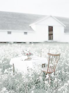 faded country Country Farm, Country Girls, Gypsy Rose, Country Scenes, Creative Colour, White Cottage, Peaceful Places, Take Me Home, Little White