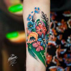 Flowers-Forearm-tattoo-by-Magdalena-Bujak.jpg (640×640)