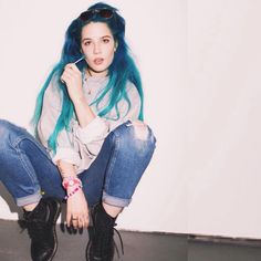 Halsey // Ashley Frangipane ♥ discovered her a few months ago and I absolutely love her and her music! Dr. Martens, Pretty People, Beautiful People, Simply Beautiful, Halsey Street, Everything Is Blue, Woman Crush, Blue Hair, Latest Fashion Trends