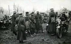 D-ca 10.Brygady Kawalerii płk.dypl. Stanisław Maczek podczas inspekcji w 10.Pułku Strzelców Konnych.