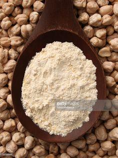 How to Make Chickpea Flour - Garbanzo Flour, Gram Flour, Besan Indian Cookbook, Vegan Cookbook, Indian Food Recipes, Dog Food Recipes, Flour Recipes, Free Recipes, Bean Flour, Filling Snacks, Fried Fish Recipes