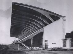 Pier Luigi Nervi Florence Municipal Stadium, this roof is one of the most beautifully designed structures ever Concrete Architecture, Modern Architecture, Pier Luigi Nervi, Tourist Center, Renaissance Architecture, Concrete Structure, Science Museum, Exhibition, Crystal Palace