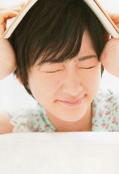 生駒里奈    (via http://nogizaka46indo.blogspot.com/2012/06/pic-ikoma-rina.html )