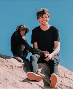 Louis Tomlinsom, Naill Horan, Summer Wallpaper, Louis Williams, Larry Stylinson, Great Bands, Make You Smile, My Hero, Funny Animals