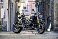 BMW R nineT Cafe Racer by Moto Sumisura - Photo by Fabrizio Jelmini #motorcycles #caferacer #motos | caferacerpasion.com