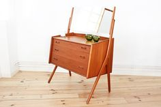 coiffeuse commode miror Danish Modern Maison Nordik Paris