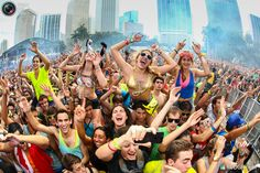 Madness. Photo by: Rutger Geerling/© 2013 Ultra Music Festival (Miami, Florida)