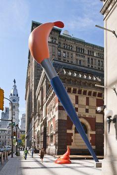 by Claes Oldenburg - Paint Torch towers over pedestrians at the Pennsylvania Academy of the Fine Arts. Outdoor Sculpture, Outdoor Art, Sculpture Art, Tv Movie, Claes Oldenburg, Everyday Objects, Land Art, Art Plastique, Public Art