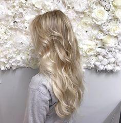 "31 tykkäystä, 4 kommenttia - Jamila Potts (@potts_jamila) Instagramissa: ""Fav hair for my fav girl! 💜 #ninev #olaplex #icyblonde #extensions #atlsalon"""
