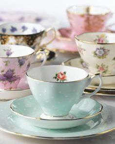 Tea tastes better in a pretty cup! Celebrating 100 Years of Royal Albert Teaware. Each design has been selected from the Royal Albert archives to represent a decade of the last 100 years. Rosen Tee, China Tea Cups, My Cup Of Tea, Vintage China, Vintage Teacups, Vintage Coffee, Royal Albert, Tea Cup Saucer, High Tea