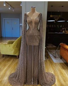 Sexy ladies V-neck floor dress Prom Girl Dresses, Glam Dresses, Prom Outfits, Event Dresses, Fashion Dresses, Formal Dresses, Sexy Dresses, Hippie Dresses, Summer Dresses