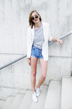Katiquette.: Unusual combos x Blazer and shorts.