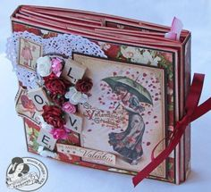 Love this multi-dimensional album from Graphic 45 papers and embellishments - created by Gloria Stengel Graphic 45, Book Crafts, Paper Crafts, Mini Albums Scrapbook, Mini Album Tutorial, Album Book, Handmade Books, Handmade Cards, Heartfelt Creations