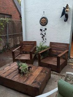 Outdoor Lounge Chairs and Table | Do It Yourself Home Projects from Ana White