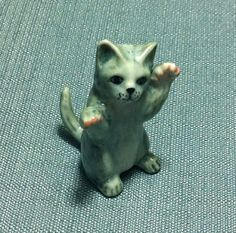 Miniature Ceramic Cat Kitty Playing Animal by thaicraftvillage