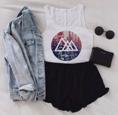 Image via We Heart It https://weheartit.com/entry/151033945/via/28191600 #cute #fashion #hipster #outfits #style #tumblr
