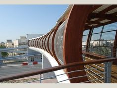 World Buildings Directory - Pedestrian Bridge at Arad bay