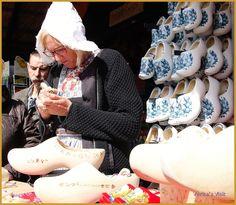 http://veritasvisit.nl/treasure-hunt-holland-heritage-keukenhof/ #Holland #Heritage #Clogs #treasures