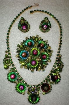 Possibly missing a stone setting in one of the earrings although it doesn't look like. Victorian Jewelry, Antique Jewelry, Vintage Jewelry, Jewelry Box, Jewelery, Green Watermelon, Watermelon Margarita, Vintage Costume Jewelry, Vintage Costumes