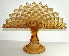 AMERICAN WESTMORELAND AMBER GLASS DIAMOND FAN COMPOTE, H 11, W 14: