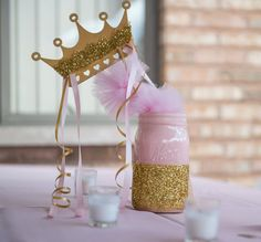 Centro de mesa princesa  color de rosa y oro