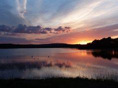 Co. Clare: Ballyallia Lake.