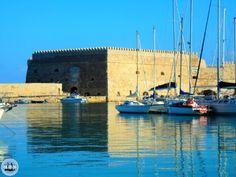 ☀ Kreta Griekenland reisadvies en omschrijving - Zorbas Island Olympus Digital Camera, Marina Bay Sands, Building, Travel, Crete Holiday, Tours, Viajes, Buildings, Destinations