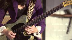 """""""Lari Basilio - Guitar Player."""" Por Larissa Basílio"""