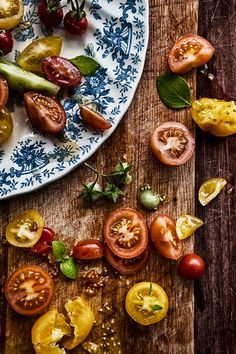 heirloom tomato #food photography