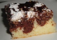 Here are five beautiful and delicious brownie recipes that are sure to please everyone! Best Apple Crisp Recipe, Apple Crisp Recipes, Slovak Recipes, Czech Recipes, Sweet Recipes, Cake Recipes, Surprise Inside Cake, Pumpkin Crisp, Hungarian Cake