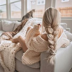 Find images and videos about girl, fashion and hair on We Heart It - the app to get lost in what you love. Party Hairstyles, Cute Hairstyles, Braided Hairstyles, Hair Toppers, Hair Dos, Human Hair Wigs, Poses, Hair Pieces, Women's Fashion Dresses