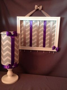 Tween bow and headband holder