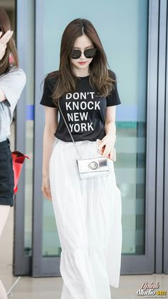 Airport fashion on point! APink http://www.shareasale.com/r.cfm?B=872577&U=1453949&M=65997&urllink=