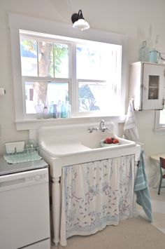 vintagewhitesblog.com Vintage kitchen, farmhouse sink, kitchen remodel