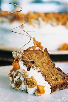 Nothing brings people together around tea time quite like a scrumptious carrot cake. If you thought that your carrot cake recipe couldn't get any better, try it with Amarula and you'll never adapt your recipe ever again. Baking Recipes, Cake Recipes, Kos, Dessert Aux Fruits, South African Recipes, Moist Cakes, Food Shows, High Tea, Let Them Eat Cake
