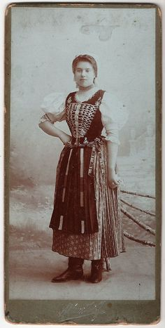 magyar népviselet hungarian folk clothes costume from Debrecen, Hungary Magyar nő - Hungarian woman Debrecen Hungarian Women, Costumes Around The World, Hungarian Embroidery, Folk Costume, My Heritage, Historical Clothing, Vintage Beauty, Traditional Dresses, Vintage Photos