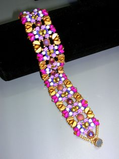 Tutorial - Confetti - Kos, Cab, Super Duo, Fire Polish, O beads bracelet Friendship Bracelets Tutorial, Bracelet Tutorial, O Beads, Seed Beads, Unique Bracelets, Beaded Bracelets, Super Duo, Matte Gold, Kos
